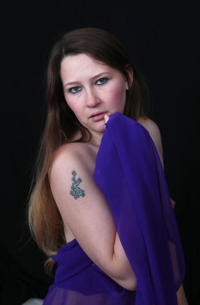 The girl with a dragon tattoo. by shishidog
