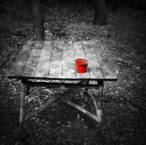 Red pot by MAK54