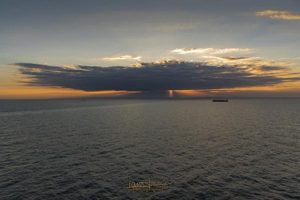 Sunset over Dover by IainHamer