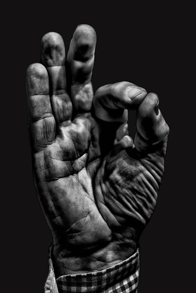 My hand by Johan Vandenberghe