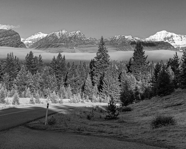 Early misty morning in the Rockies by pdunstan_Greymoon