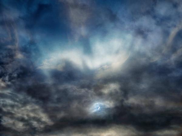 Eclipse 2015 by Owdman