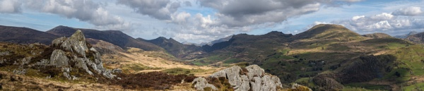 Cwm Pennant by Alan_Coles