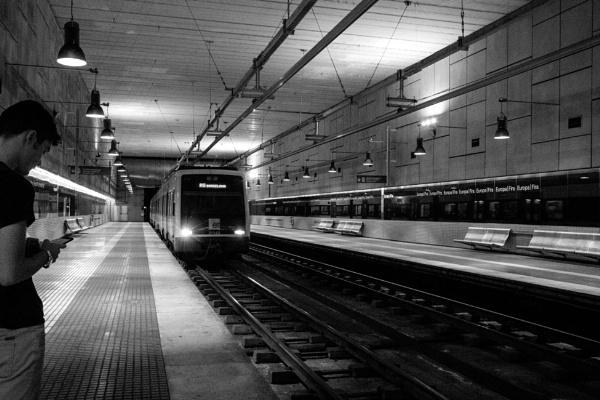 Underground station by emcachia