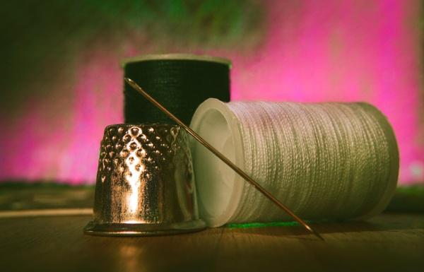 needle n thread by stebesty