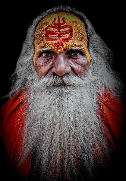 A distinctive looking sadhu....... by sawsengee