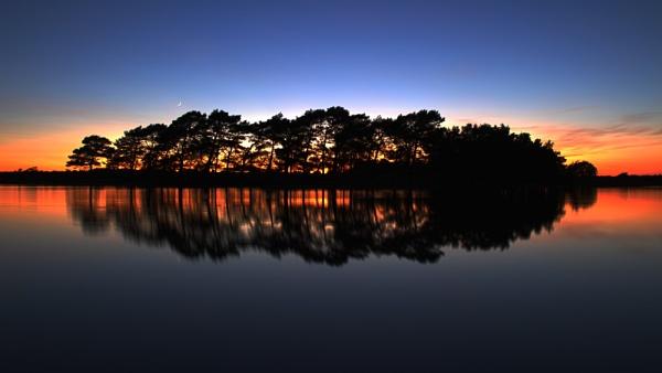 Sundown in lockdown by neily_m