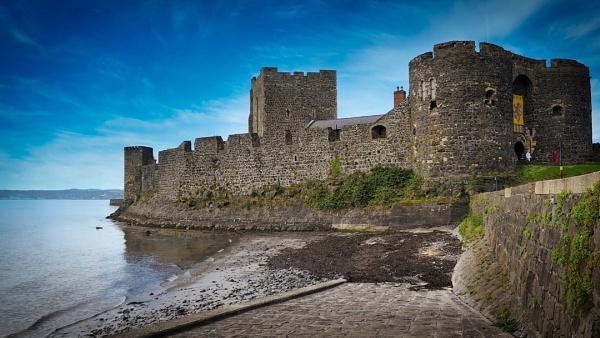 Carricfergus Castle - N.Ireland by atenytom
