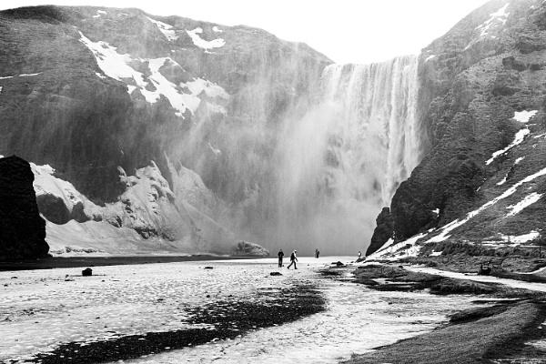 Skogafoss Waterfall, Iceland by pdunstan_Greymoon