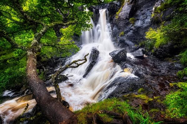 Mystical Falls by douglasR