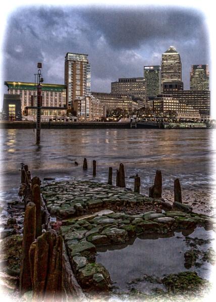 Thames Grunge by Jasper87