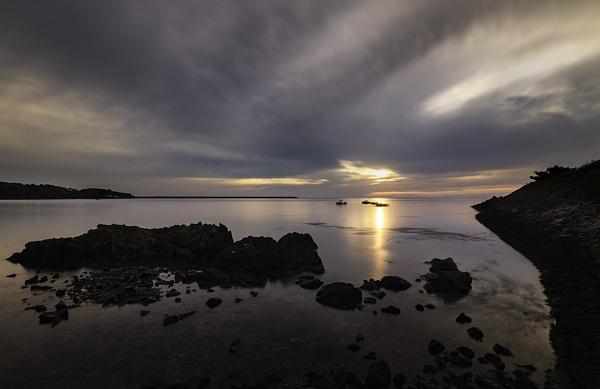 bay sunrise by happysnapper