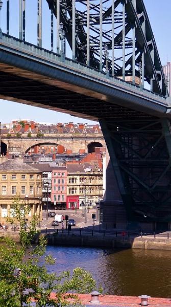 Under the bridge by kevlense