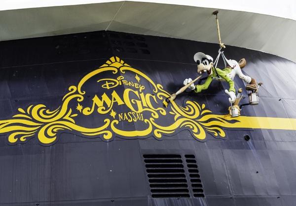 A Disney Paint Job by doverpic