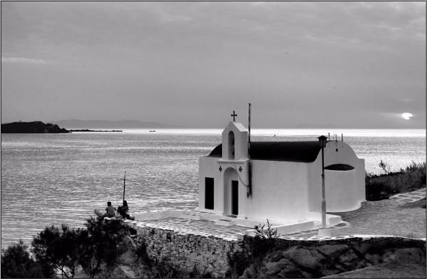 Greece in Mono 39 by lifesnapper
