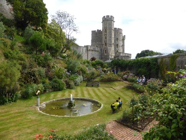 Gardens inside the walls of Windsor Castle. by peterkin