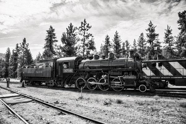 Steam Engine by FrancisChiles