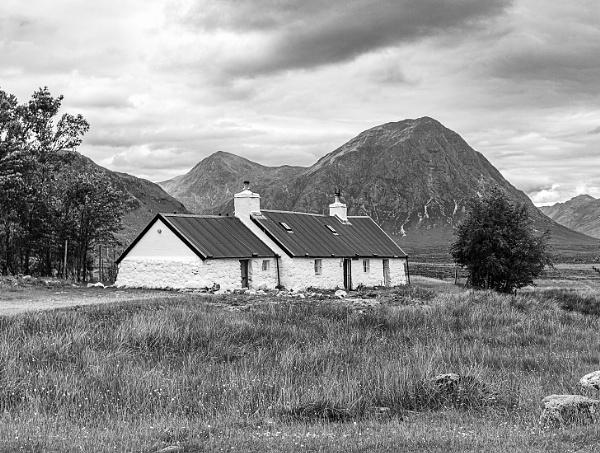 Black Rock Cottage by pdunstan_Greymoon