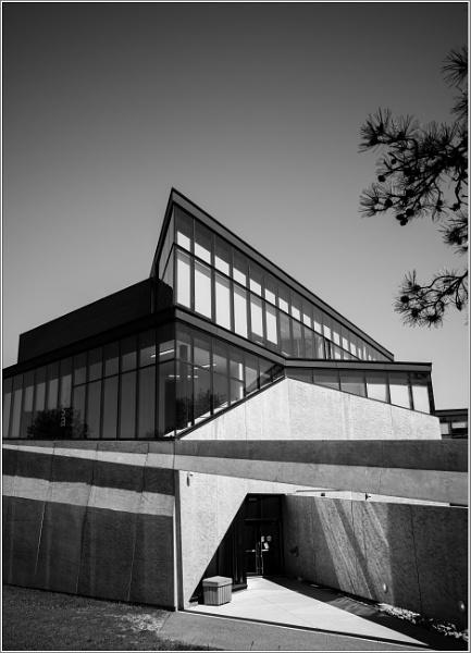Trent University Bata building detail. by banehawi