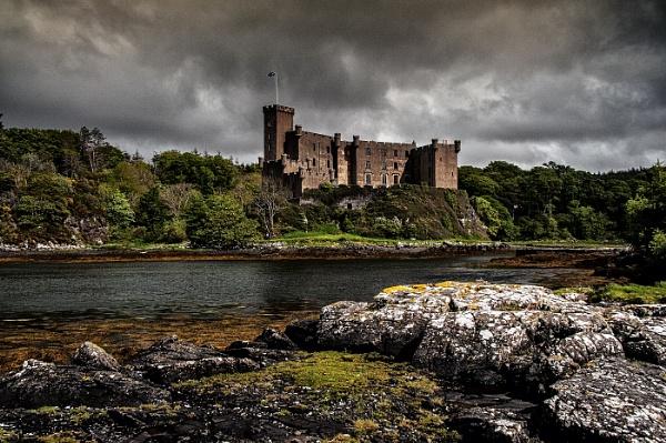 Dunvegan Castle by dven
