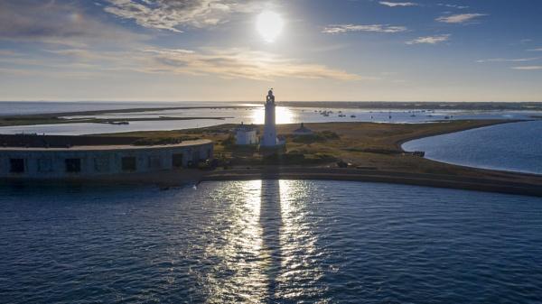 Hurst Point Lighthouse by neily_m