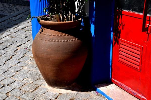 Pots & shadows !! by Chinga