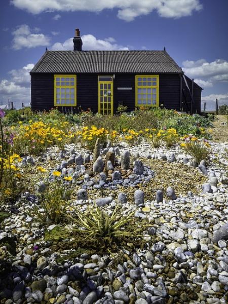 Derek Jarman\'s Cottage by doverpic