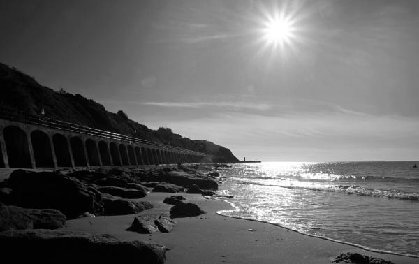 Sunny Sands Folkestone by ZenTony