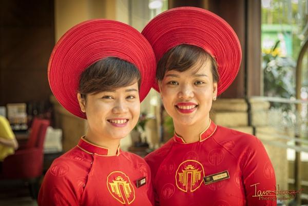 Vietnamese lovelies by IainHamer