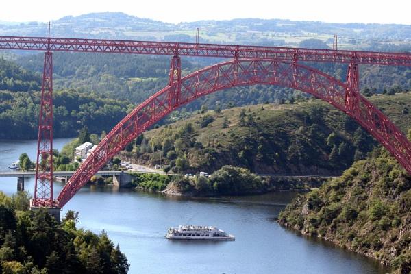 Gabarit Viaduct by BlueJonnyp