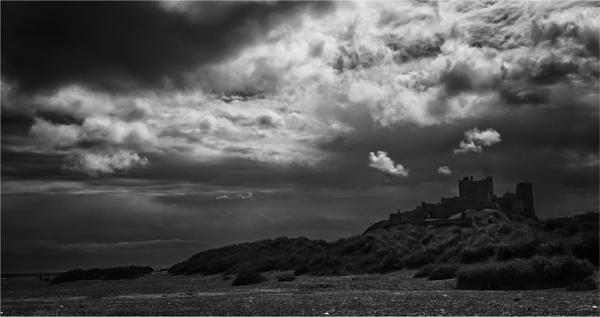 Bamburgh Castle by KingBee
