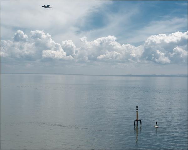 The tide measuring tower. by franken