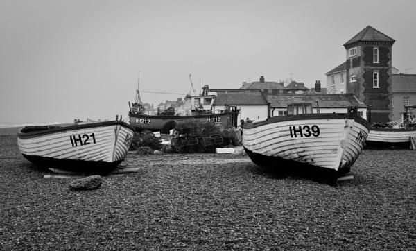 Aldebrugh fishing boats by paulsfrear