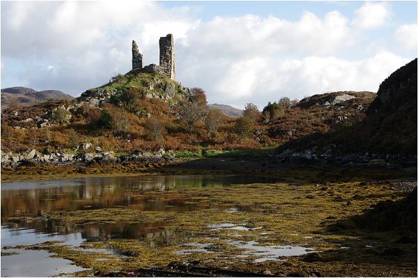 Kyleakin Castle by johnriley1uk