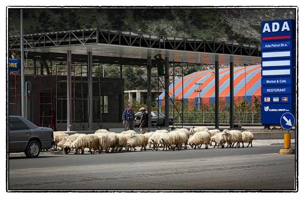 Heavy  traffic by nklakor