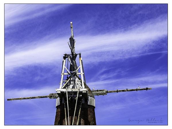 Wind pump by airfreq