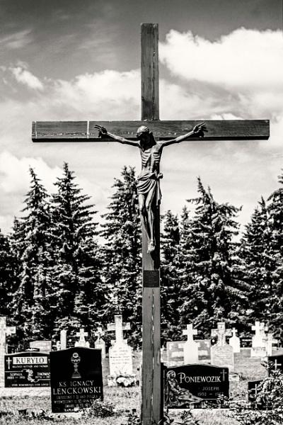 Graveyard Cross by FrancisChiles