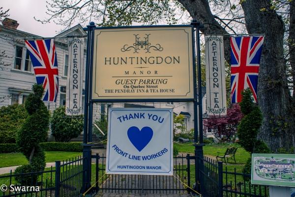 Huntingdon Manor... by Swarnadip