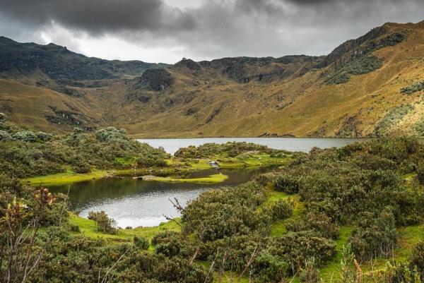 Muertopungo lake by macxymum
