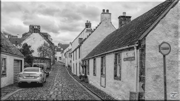 Mid Causeway: Culross. by Tooma