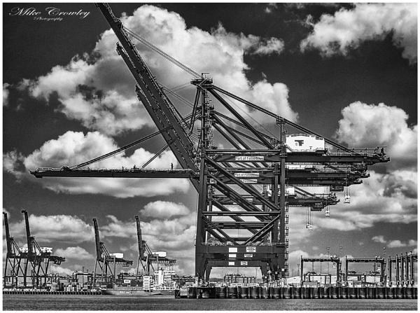 Felixstowe Docks by mikecrowley