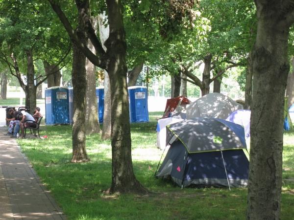 Philadelphia Homeless Encampment #3 by handlerstudio