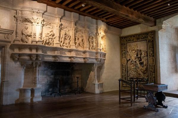 Chateau Puyguilhem, Dordogne - inside by chataignier