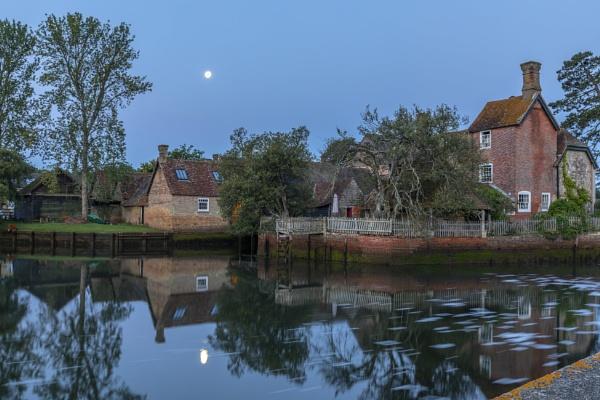 Beaulieu River Reflections by NickLucas