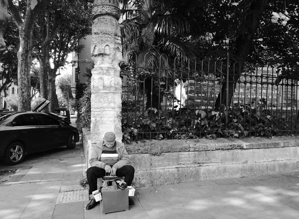Street merchant by Kabrielle