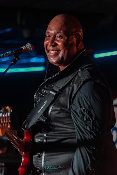 Black Country Community singer/guitarist by IainHamer