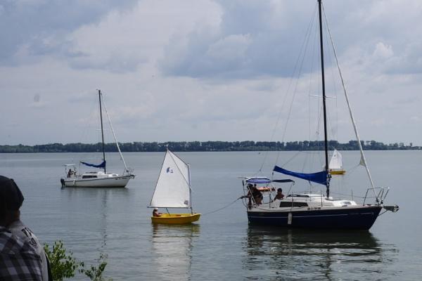 moored sailboat by elousteve