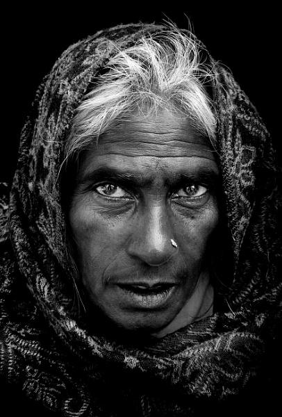 Flower vendor of Pushkar 2 by sawsengee