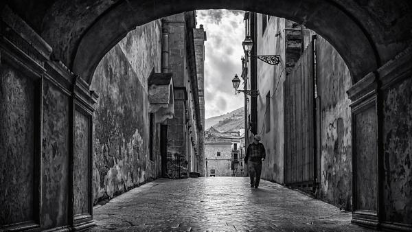Via Degli Angeli by Xandru