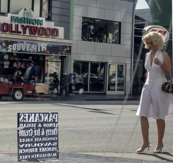 Marilyn through the window by jimlad